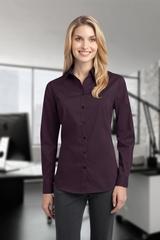Women's Stretch Poplin Shirt Main Image